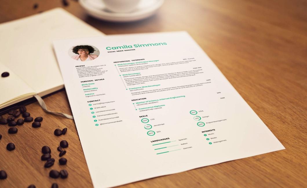 create a striking resume for free courtesy of resumemaker online